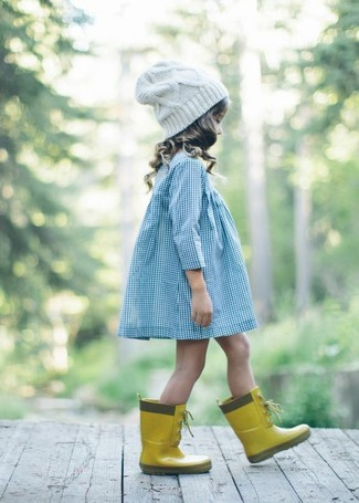 How to wear: white beanie, yellow rain boots, light blue dress