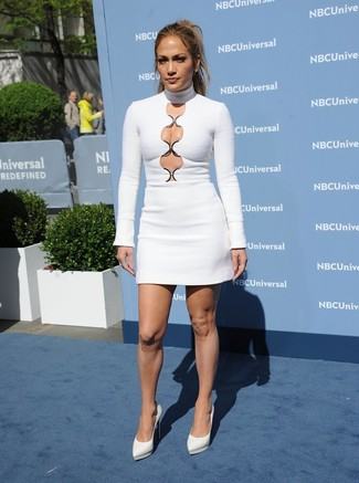 Jennifer Lopez wearing White Cutout Bodycon Dress, White Leather Pumps