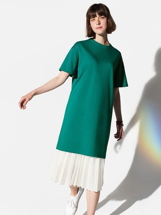 How to wear: white leather low top sneakers, white pleated midi skirt, dark green crew-neck t-shirt