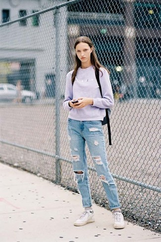How to wear: black backpack, white low top sneakers, light blue ripped boyfriend jeans, light violet crew-neck sweater