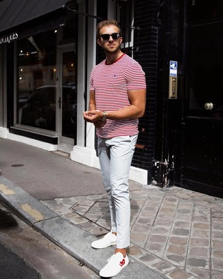 How to wear: black sunglasses, white leather low top sneakers, light blue chinos, white and red horizontal striped crew-neck t-shirt