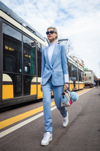 How to wear: white low top sneakers, white turtleneck, light blue suit