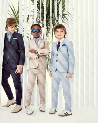 Boys' Looks & Outfits: What To Wear In 2020: Dress your boy in a beige suit and a white and black gingham long sleeve shirt and his cute factor will be off the roof. White oxford shoes are a savvy choice to finish this style.