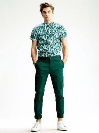 How to wear: white plimsolls, dark green chinos, dark green print short sleeve shirt