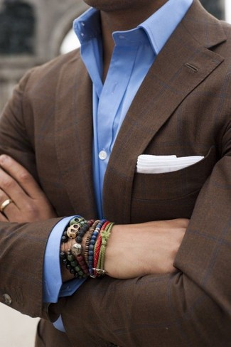 How to Wear an Olive Bracelet For Men: We all look for comfort when it comes to fashion, and this off-duty pairing of a dark brown check blazer and an olive bracelet is a wonderful example of that.
