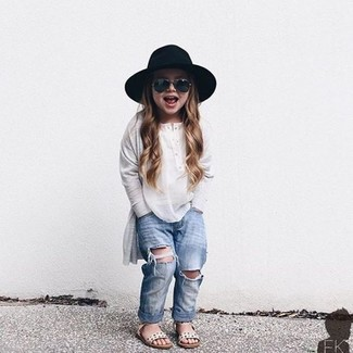 How to wear: black hat, white sandals, light blue jeans, white long sleeve t-shirt