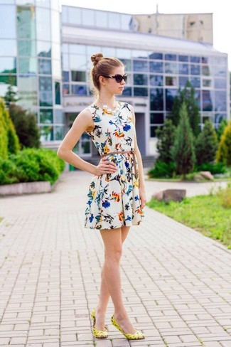 How to wear: white floral skater dress, yellow leather ballerina shoes, black sunglasses, white pearl necklace