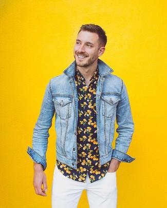 How to wear: white skinny jeans, black print short sleeve shirt, light blue denim jacket