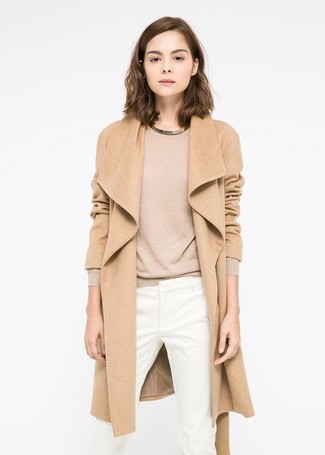 How to wear: gold necklace, white skinny pants, tan crew-neck sweater, camel coat