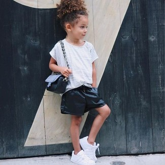 How to Wear a White Horizontal Striped T-shirt For Girls: Opt for your mini fashionista's comfort with this combo of a white horizontal striped t-shirt and black leather shorts. White sneakers are a wonderful choice to complete this look.