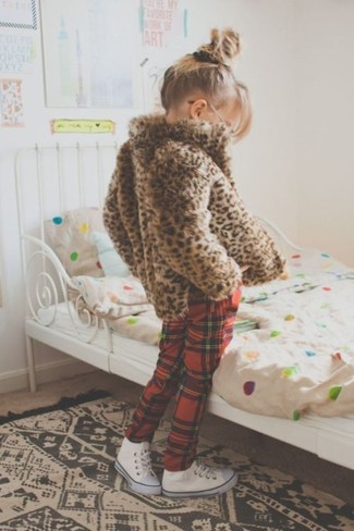 How to wear: white sneakers, red plaid sweatpants, brown leopard fur jacket