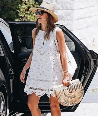 How to wear: beige straw hat, white canvas tote bag, beige straw clutch, white lace shift dress