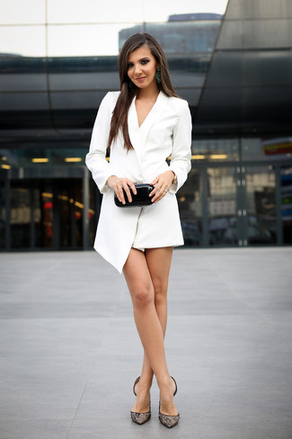 Reach for a white tuxedo dress and you'll be the picture of elegance. To bring out the fun side of you, round off your ensemble with Rochas Lace Pumps With Front Bow. With the departure of snow come warmer days and more sunlight and the need for a kick-ass look just like this one.