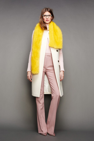 How to wear: pink plaid canvas pumps, pink wide leg pants, beige turtleneck, beige coat