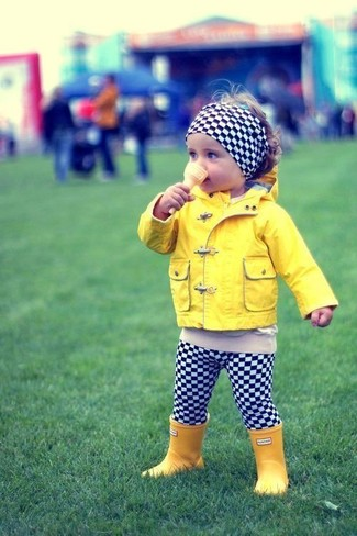 How to wear: yellow jacket, black and white check leggings, yellow rain boots, black and white check headband