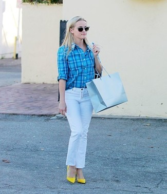 How to wear: yellow leather pumps, white jeans, aquamarine plaid dress shirt