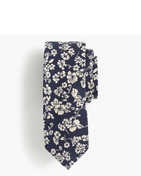 Silk tie in navy floral jacquard medium 1252804