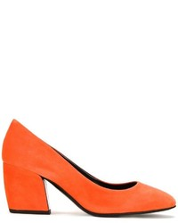 Curved heel pumps medium 1006072