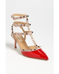 Garavani rockstud pointy toe pump medium 214310