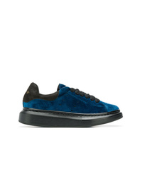 Invicta Classic Low Top Sneakers