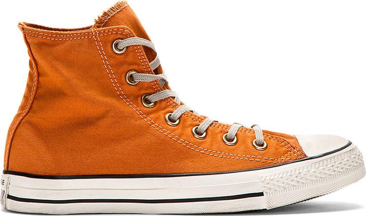 chucks converse orange