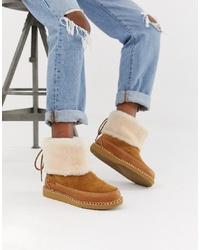 UGG Quinlin Fluff Boot In Chestnut