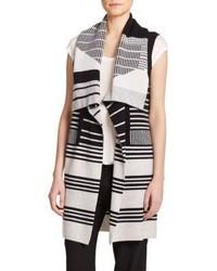 White and black vest original 3176529