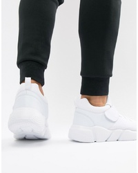 Truffle Collection Chunky Trainer In White
