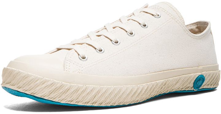 b1b08438f24c45 ... Shoes Like Pottery Low Top Canvas Sneakers ...