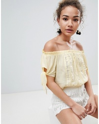 En Creme Short Sleeve Off Shoulder Crop Top